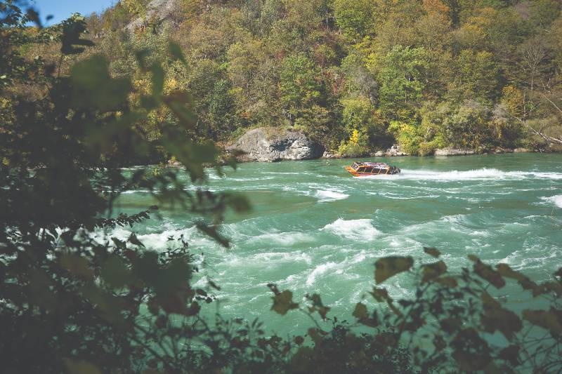 niagara jet boat adventures on the river